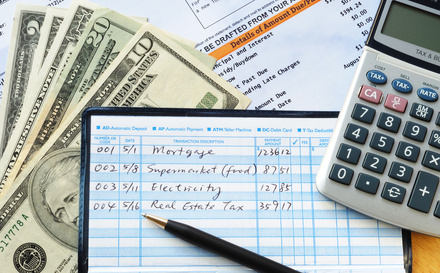 top reasons why checkbooks and check ledgers are still great for