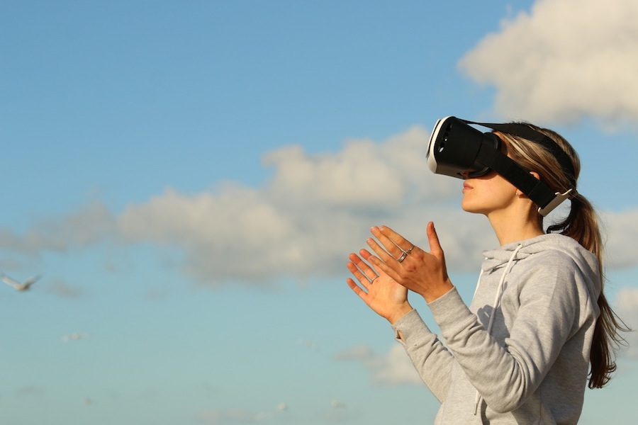 Get Virtual! How the Virtual World Can Help Your Business