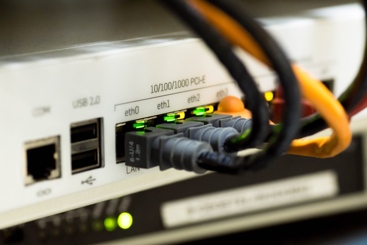 Things to Consider When Choosing an Internet Plan Nowadays