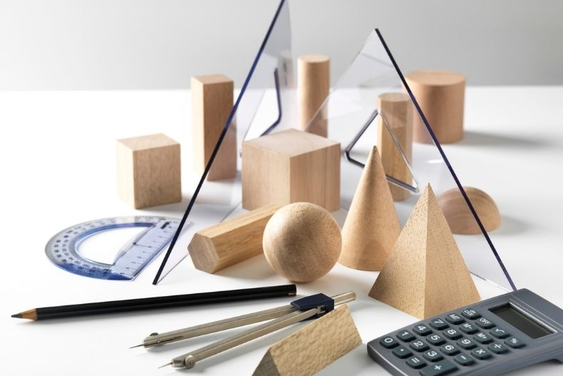 What is Collinear Points in Geometry