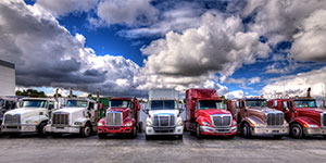 6 Reasons To Hire Trucking Services For Heavy Deliveries