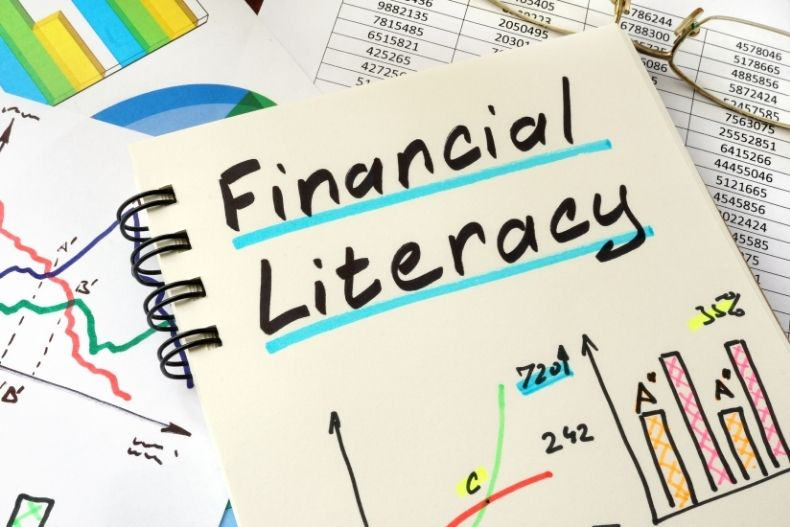 5 Financial Literacy Mistakes To Avoid When You're Running A Business
