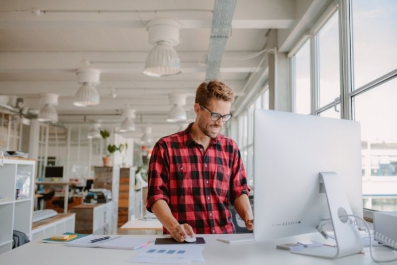 Using Technology as a Small Business To Facilitate Growth