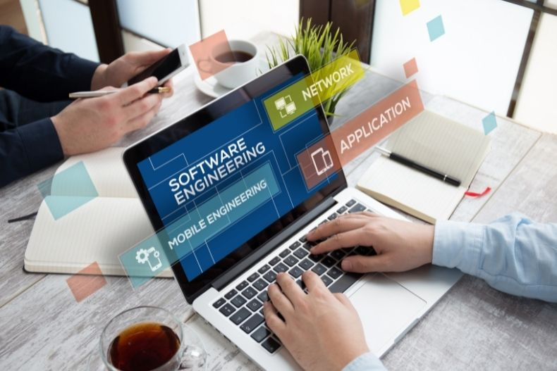 Choosing the Right Software for Your Business to Succeed